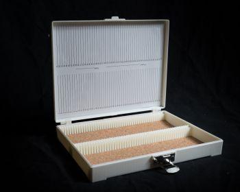 Plastic Microscope Slide Storage Box - 100 Place